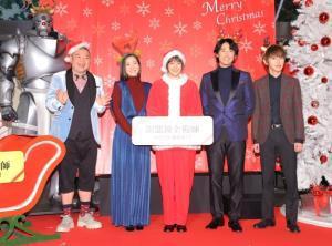 「鋼の錬金術師」イベントで笑顔を見せる(左から)内山信二、蓮佛美沙子、本田翼、ディーン・フジオカ、本郷奏多