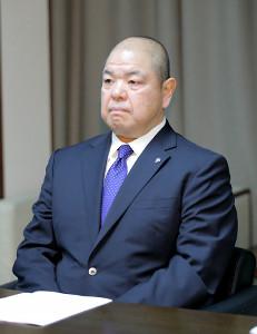 横審と理事会に出席した日本相撲協会・八角理事長