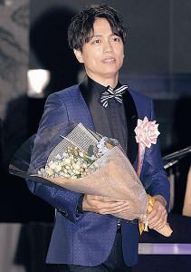 ディズニー作品での受賞を喜んだ山崎育三郎