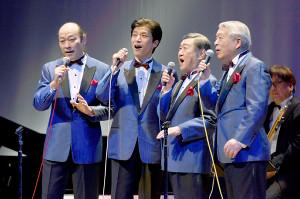 解散コンサートを行ったデューク・エイセスの(左から)大須賀ひでき、岩田元、谷道夫、槇野義孝