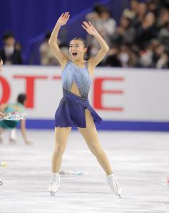 女子SPで演技終了後、笑顔を見せる坂本花織(カメラ・酒井 悠一