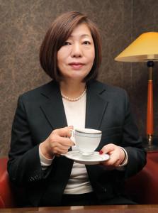 ドラマ原作を書き終えた林真理子さんは年末も新聞連載小説の執筆やNHK紅白歌合戦の審査員などで大忙し(カメラ・池内 雅彦)
