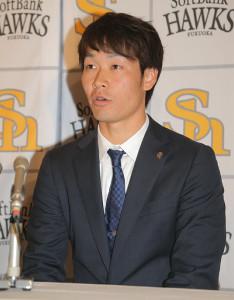 契約更改を終え、代理人と会見を行った武田