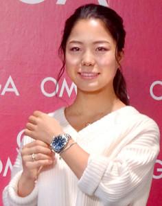 オメガ製の高級時計を腕に平昌五輪金メダルを誓う高梨沙羅