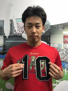 来季から背番号が10に変更されるロッテ・加藤