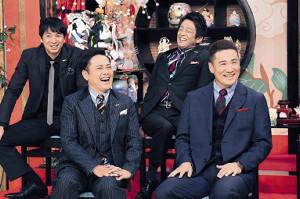 「しゃべくり007」の新春特番にゲスト出演した田中将大(前列右)は、有田哲平(同左)、徳井義実(後列左)、堀内健らにいじられ苦笑い