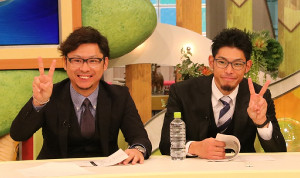 CBCテレビの中日応援番組に出演した谷元(左)と又吉