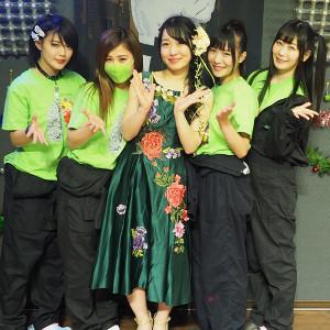 仮面女子・桜雪(中央)の生誕祭に出演したアリス十番メンバー