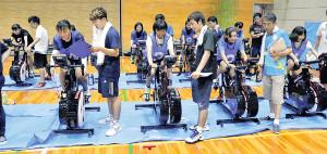 「J―STAR PROJECT」第2ステージでは自転車などを使って測定会を行った(公益財団法人日本体育協会提供)