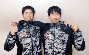 健闘を誓う佐藤(右)と青木