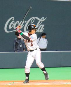 「4番・一塁」で先発出場した清原和博氏の次男・勝児くん