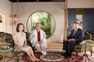 スピリチュアリストの江原啓之(中)の冠番組で、Netflix「スピリチュアルハウス」。清原和博(右)らをゲストに迎える