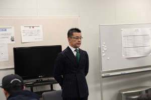 大会前会見を開いた榊原信行実行委員長