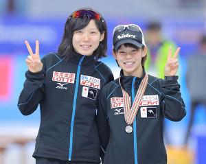 姉・高木菜那(右)と妹・高木美帆