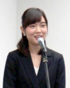 朝日放送の新春社長会見で、「たけしの家庭の医学」の新アシスタントの抱負を語った澤田有也佳アナウンサー