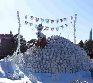 東京ディズニーランドには解けない雪もある(アナとエルサのフローズンファンタジー)