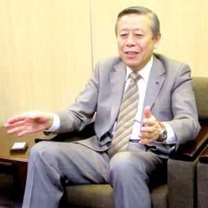 小平奈緒を支援する相沢病院の相沢孝夫理事長
