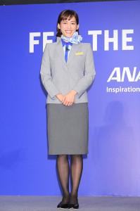 CAの制服でイベントに登場した綾瀬はるか