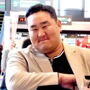 元朝青龍氏