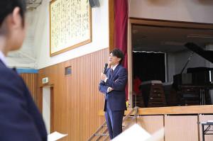 母校の船橋市立七林中学校で講演を行った元巨人・林昌範氏