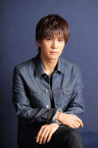 本紙インタビューに応える岩田剛典