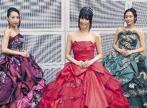 分裂が明らかになったKalafinaの(左から)Hikaru、Keiko、Wakana