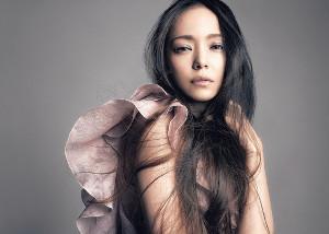 「Missデビル」の主題歌に起用された安室奈美恵