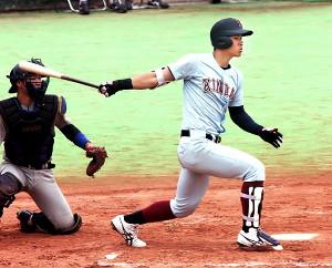 満塁本塁打を含む3安打5打点と活躍した近大の佐藤