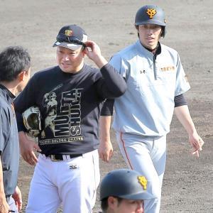 元チームメートの栃木GB・村田(左)と久しぶりに再会した寺内