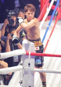 1回、TKO勝利の井上尚弥