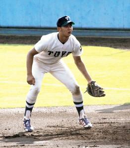 22日の紅白戦で一塁も務めた東洋大・佐藤都