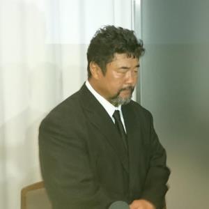 マサ斎藤さんの通夜を弔問した佐々木健介