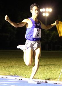 東海大記録会1500メートルを制した館沢亨次