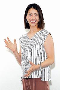 アナウンサー教室で話術に磨きをかける寺川綾キャスター