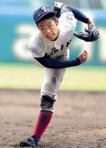 先発した大阪桐蔭・根尾は、8回4失点の力投を見せた(カメラ・泉 貫太)