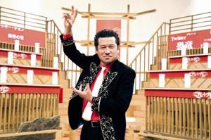 初のレギュラー番組MCに喜ぶ佐藤二朗