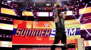 ユニバーサル王座を奪取したローマン・レインズ(C)2018 WWE, Inc. All Rights Reserved.