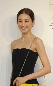 麗子 高垣 高垣麗子の髪型、アラフォーでもかわいい襟足長めのボブ