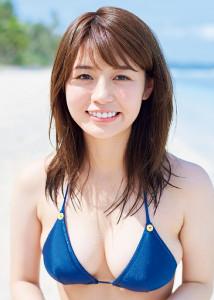 井口綾子「週プレ」で表紙を飾る...
