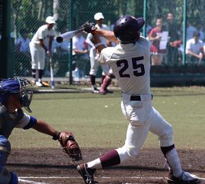 2本塁打を放った早大・永井(写真提供・早稲田スポーツ新聞会)