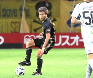 8月19日のG大阪戦で3バックの左に入り勝利に貢献した椎橋