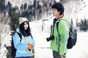 「コーヒーが冷めないうちに」で有村架純の相手役を演じた伊藤健太郎(右)
