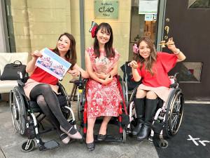初単独ライブを開催したBEYOND GIRLSの(左から)梅津絵里、小澤綾子、中嶋涼子