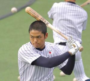 U18アジア野球選手権で木製バットを使用した根尾
