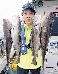 宮城・女川の江ノ島沖で、タラ釣りを楽しんだ筆者