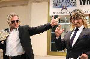 9日のIWGPヘビー級選手権発表会見で1時間の大論争を繰り広げた棚橋弘至(右)とケニー・オメガ