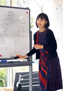 イベントで独特の絵のセンスを見せた竹内アナ