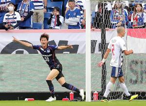 後半41分、勝ち越しゴールを決めたG大阪・小野瀬