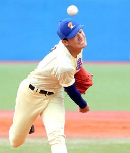 星稜の先発・奥川は7回を投げ1失点12奪三振の好投を見せた(カメラ・泉 貫太)
