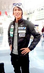 ジャンプW杯初戦のビスワ大会(ポーランド)へ出発したソチ五輪銀メダルの葛西紀明